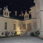Nádasdy Kastély - Főépület és oldalszárny között